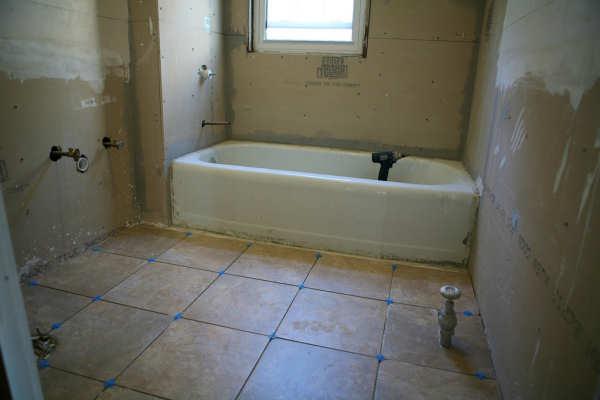 Bathtub Refinishing Virginia Beach VA - Colored Porcelain, Enameled & Acrylic Tubs