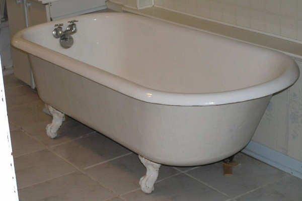 Bathtub Refinishing Contractors Virginia Beach VA - Colored Vintage Clawfoot Restorers