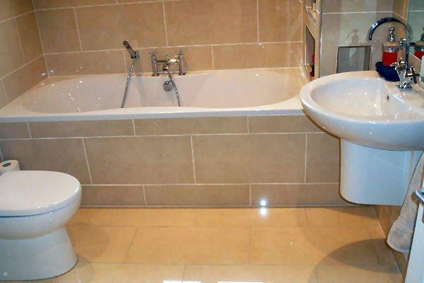 Bathtub Refinishing Orlando FL - Colored Porcelain, Enameled & Acrylic Tubs