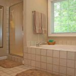 Bathtub Refinishing Wilmington DE - Colored Porcelain, Enameled & Acrylic Tubs
